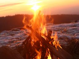 Webinar: Die Wintersonnenwende - Brauchtum und Ritual zur stillen Zeit