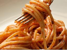 Webinar: Herausforderung bei Tisch - Kulinarische Köstlichkeiten