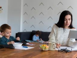 Webinar: Corona Krise: Arbeitsrecht für Eltern
